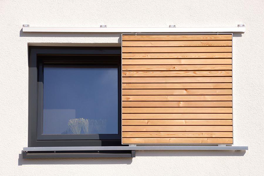 Fensterläden bei Holzbau Kaiser