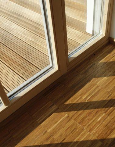 Holzboden innen und außen