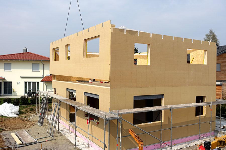 Aktuell: Einfamilienwohnhaus mit Garage